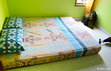 Kamar di Home Stay Lishafa