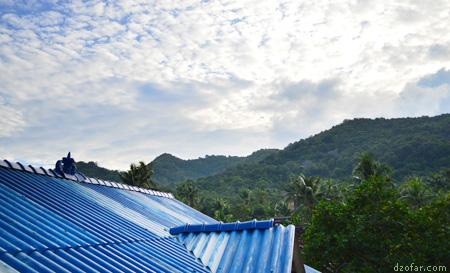 Gunung di sebelah home stay lishafah