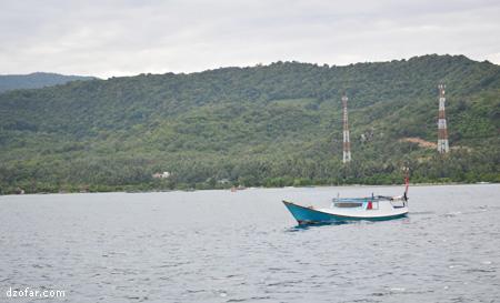 Pulau Karimun Jawa dan perahu