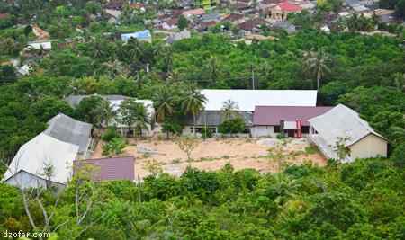 Penampakan Sekolah dari bukit Joko Tuwo
