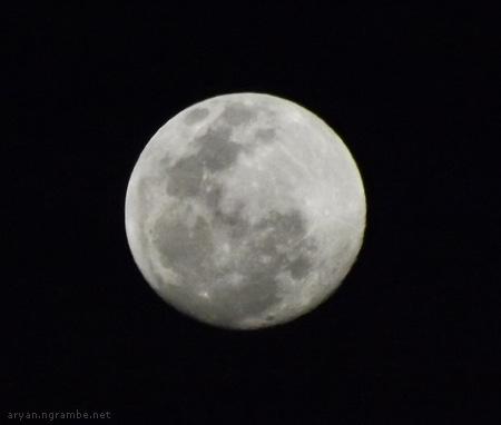 Bulan gedhe