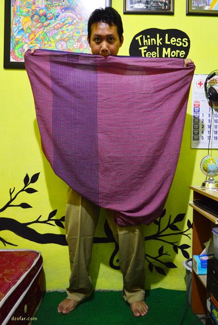Tutorial Salin Celana Pakai Sarung 4