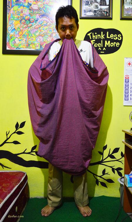 Tutorial Salin Celana Pakai Sarung 5