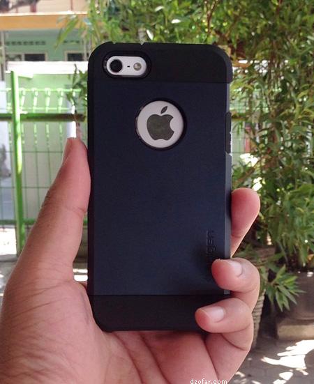 Spigen dan iPhone 5