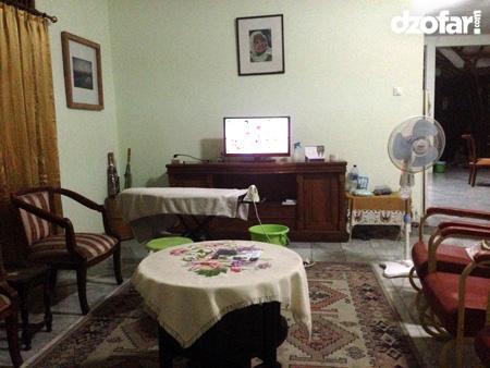 Ruang tamu rumah Mawi