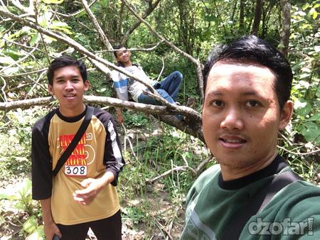 Selfie di hutan