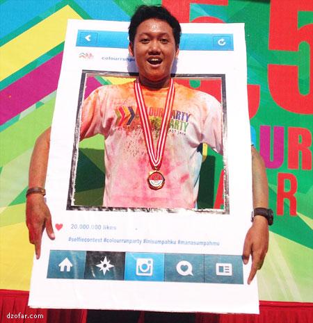 Dapat medali color run party Nganjuk