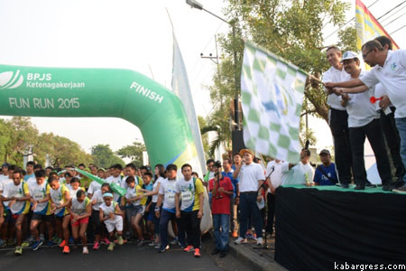 Start Fun Run BPJS oleh Gus Ipul