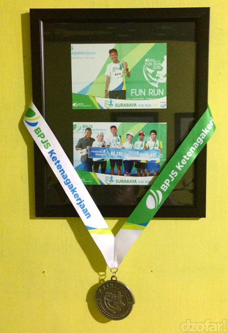 Pigura Foto Fun Run BPJS dan medali