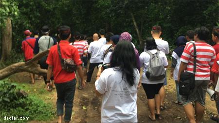Blogger di hutan kera nepa