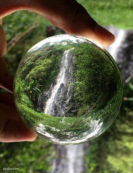 bola kristal dan air terjun sri gunting
