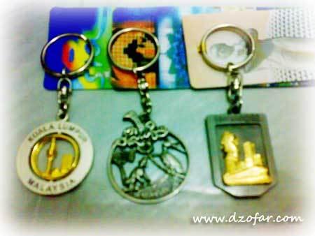 Gantungan kunci oleh-oleh dari mukhlason Malaysia
