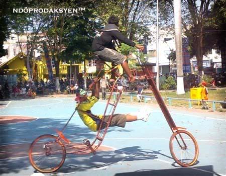 inilah sepeda paling unik sesemesta raya!!