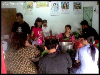 Suasana di Dalam Warung Nasi Pecel Bledek